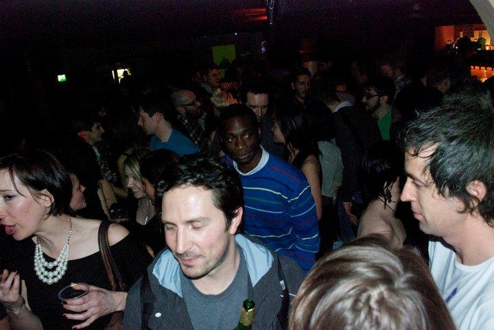 Crowd_02